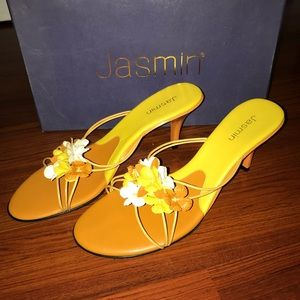 Jasmin yellow/orange sandals